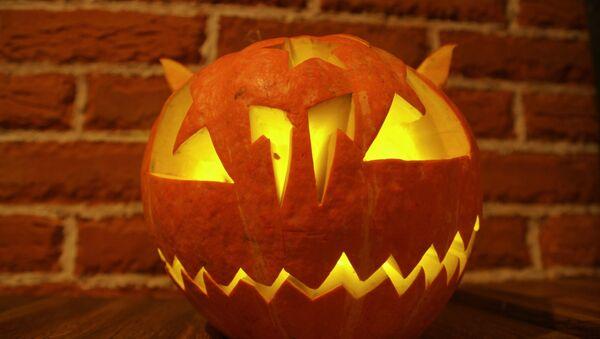 Pumpkin, a Halloween symbol - Sputnik International