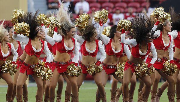 San Francisco 49ers cheerleaders perform before an NFL football game between the 49ers and the Oakland Raiders in Santa Clara, Calif., Thursday, Nov. 1, 2018. - Sputnik International