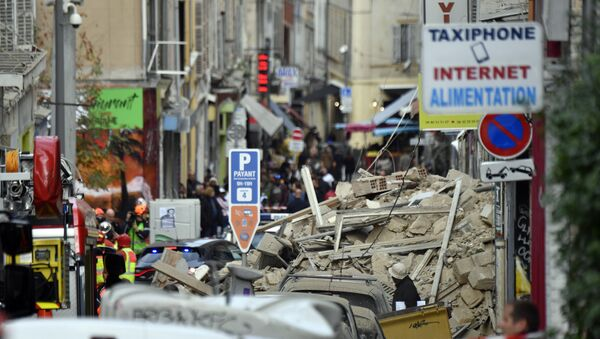 Fire Brigades and Police at Site of Building's Collapse in Marseille - Sputnik International
