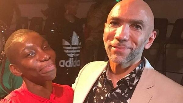 Anthony Lennon, right, with actress and writer Michaela Coel - Sputnik International