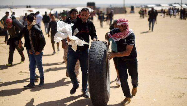 Palestinians' Mass Protests on Gaza Border in Pictures - Sputnik International