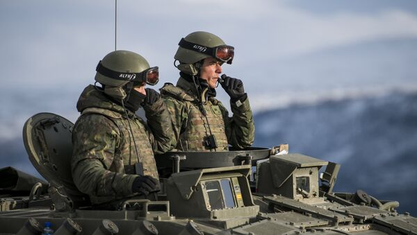 Spanish soldiers in an Pizarro tank during an exercise to capture an airfield as part of the Trident Juncture 2018, a NATO-led military exercise, on November 1, 2018 near the town of Oppdal, Norway. - Sputnik International