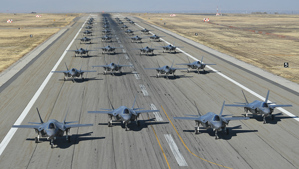 US Air Force conducts combat power exercise of F-35A Lightning IIs at Utah's Hill Air Force Base - Sputnik International