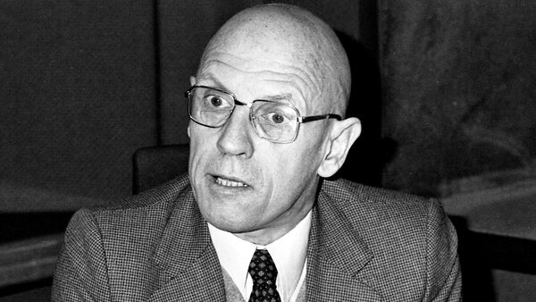 Portrait of French philosopher Michel Foucault taken on December 16, 1981 at the radio broadcast studio Europe 1 in Paris, France. - Sputnik International