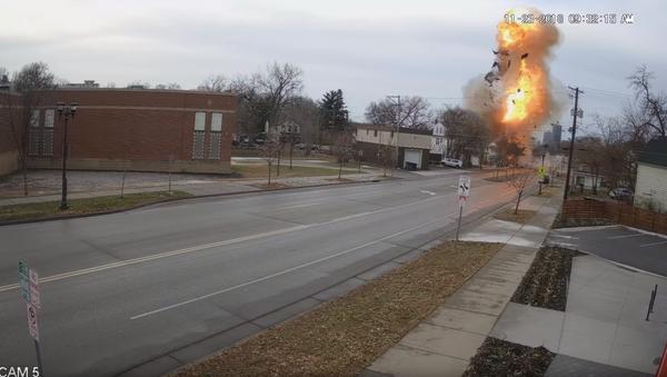 Home Explosion Leaves Elderly Man in Critical Condition, 11 Displaced - Sputnik International