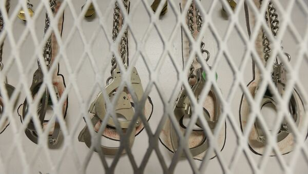 In this photo taken June 21, 2017, restraints are shown at the Northwest Detention Center in Tacoma, Wash., during a media tour - Sputnik International