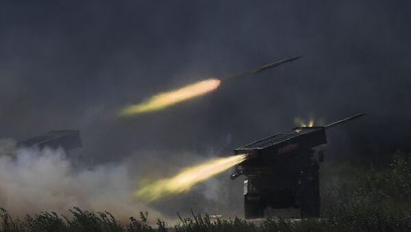 Tornado-Gs firing at Army-2018 military forum. - Sputnik International