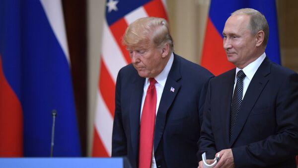 Vladimir Putin and Donald Trump in Helsinki - Sputnik International