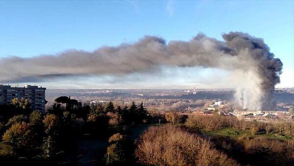 Smoke in Rome - Sputnik International