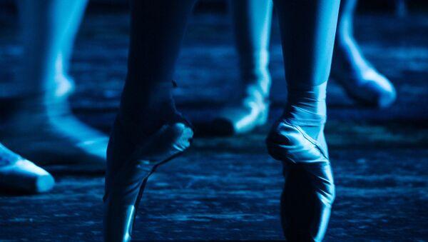 Ballet Dancers from Novosibirsk Opera and Ballet Theatre - Sputnik International