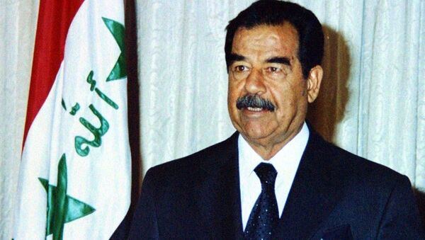 President Saddam Hussein in 2002 - Sputnik International