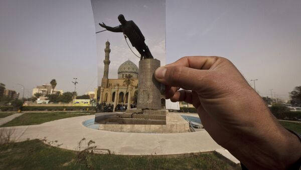 A general view of Firdous Square at the site of an Associated Press photograph taken by Jerome Delay as the statue of Saddam Hussein is pulled down by U.S. forces and Iraqis on April 9, 2003. - Sputnik International