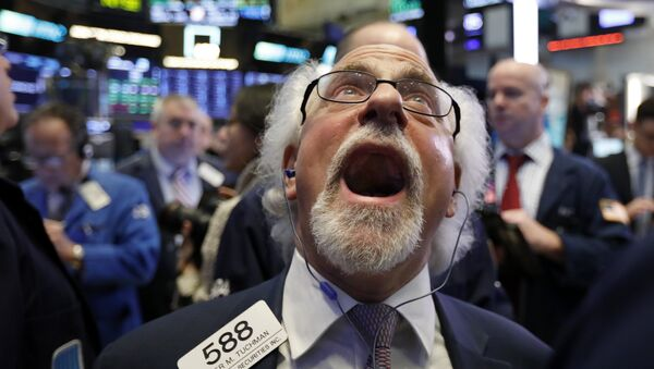 Trader Peter Tuchman works on the floor of the New York Stock Exchange, Friday, Dec. 28, 2018. - Sputnik International