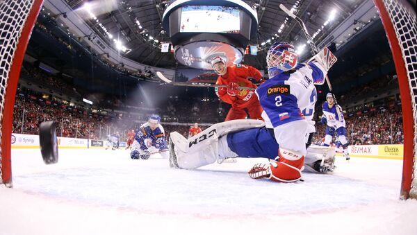 Russia takes on Slovakia at U20 World Junior Championship in Vancouver. - Sputnik International