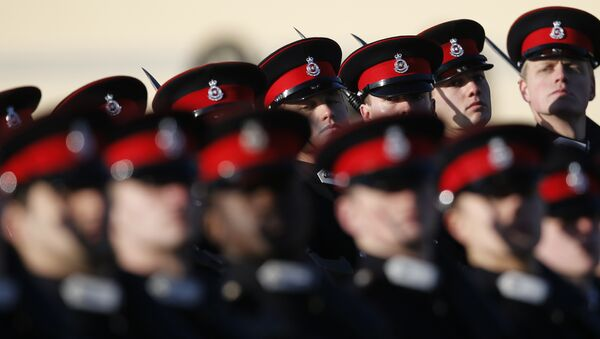 British Army officer cadets take part Britain's in the Sovereign's Parade at The Royal Military Academy Sandhurst watched by Prince Harry, in Sandhurst, England , Friday, Dec. 15, 2017. - Sputnik International