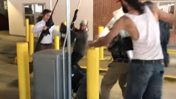 Charlottesville parking lot assault - Sputnik International