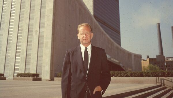 Secretary General of the United Nations Dag Hammarskjold poses outside the UN headquarters buildings in New York City in May 1956 - Sputnik International