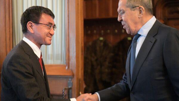 Russian Foreign Minister Sergei Lavrov Meets his Japanese counterpart Taro Kono on January 14, 2019 - Sputnik International