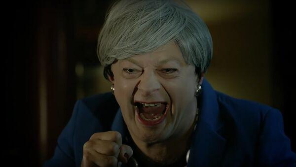 Gollum star Andy Serkis releases hilarious Brexit deal parody of Theresa May - Sputnik International