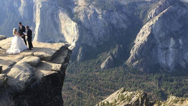 Taft Point in California's Yosemite National Park - Sputnik International