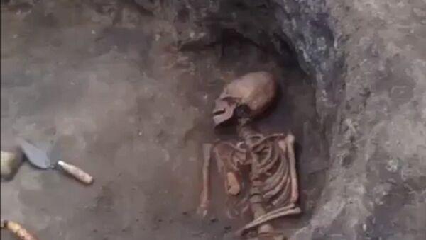 Женский скелет - Гамурзиевское городище - Sputnik International