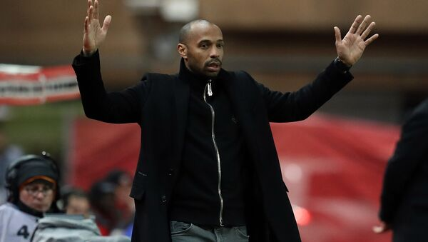 Thierry Henry makes an exasperated gesture as Monaco lose another game in January 2019 - Sputnik International