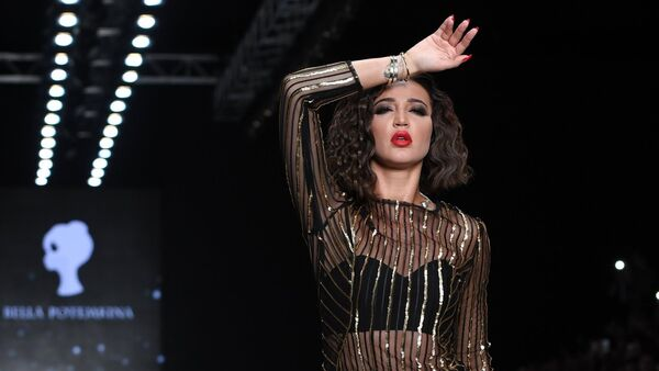 Olga Buzova during Mercedes-Benz Fashion Week Russia - Sputnik International