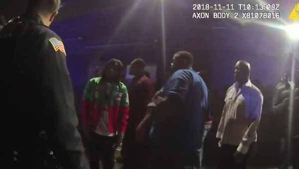 US police release footage from the night that security guard Jemel Roberson was shot and killed by Midlothian police officer Ian Covey. - Sputnik International