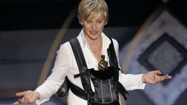 Oscar host Ellen DeGeneres performs during the 79th Academy Awards telecast on 25 February 2007, in Los Angeles.  - Sputnik International