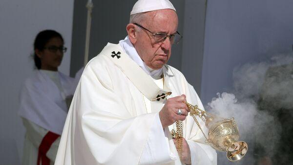 Pope Francis holds a mass at Zayed Sports City Stadium in Abu Dhabi, United Arab Emirates, February 5, 2019. - Sputnik International