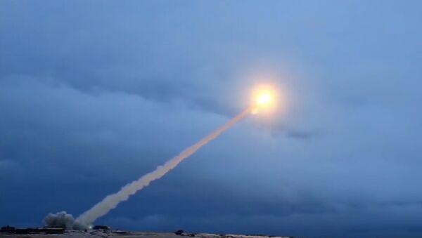 Испытания крылатой ракеты с ядерным двигателем «Буревестник» - Sputnik International