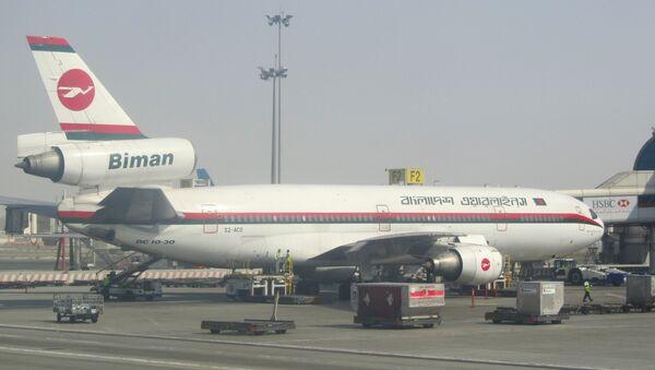 A plane of Biman Bangladesh Airlines in the Shah Amanat International Airport (File photo). - Sputnik International