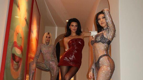Khloe Kardashian, Kourtney Kardashian and Kendall Jenner - Sputnik International