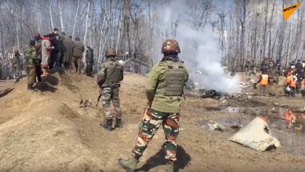 India: Footage Shows Presumed Wreckage of Aircraft in Central Kashmir - Sputnik International