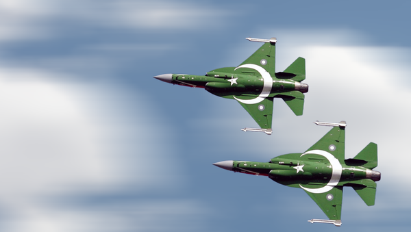 """Pakistan's PAK JF-17 Thunder, also called CAC FC-1 Xiaolong or """"Fierce Dragon, a lightweight, single-engine, multi-role combat aircraft developed from a joint venture between the Pakistan Aeronautical Complex (PAC) and the Chengdu Aircraft Corporation (CAC) of China. - Sputnik International"""