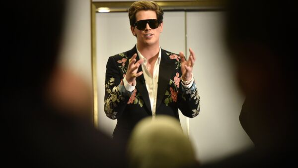 Right-wing British provocateur Milo Yiannopoulos answers questions during a speech at Parliament House in Canberra on December 5, 2017 - Sputnik International
