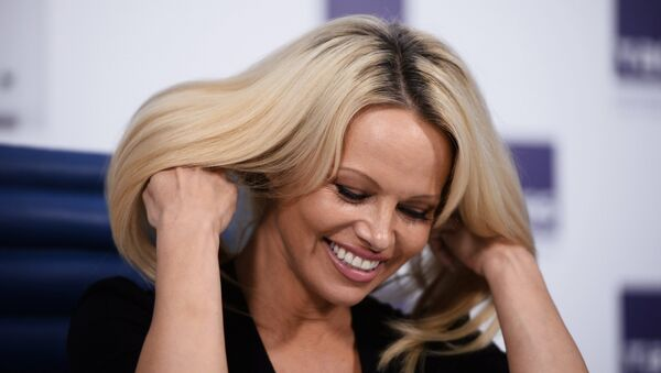 Pamela Anderson, actress and photo model, known for championing animal welfare, seen at a press conference in Moscow - Sputnik International