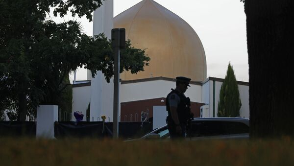 In this March 17, 2019, file photo, a police officer stands guard in front of the Al Noor mosque in Christchurch, New Zealand - Sputnik International