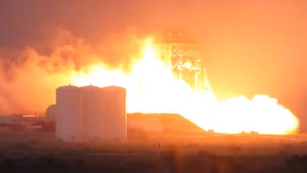 SpaceX's Starhopper tests rocket engine for the first time - Sputnik International