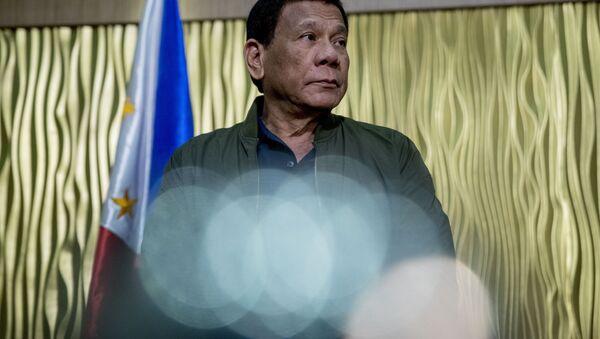 Philippines President Rodrigo Duterte arrives to greet Secretary of State Mike Pompeo at Colonel Jesus Villamor Airbase in Manila, Philippines, Thursday, Feb. 28, 2019 - Sputnik International