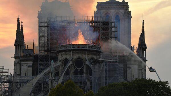 Notre Dame Cathedral engulfed in flames. Paris, France on 15 April, 2019 - Sputnik International