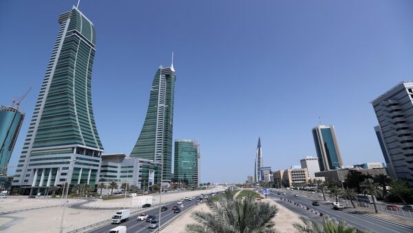 Bahrain Financial Harbour (L) and Bahrain World Trade Center are are seen in diplomatic area in Manama, Bahrain, February 28, 2018. Picture taken February 28, 2018 - Sputnik International
