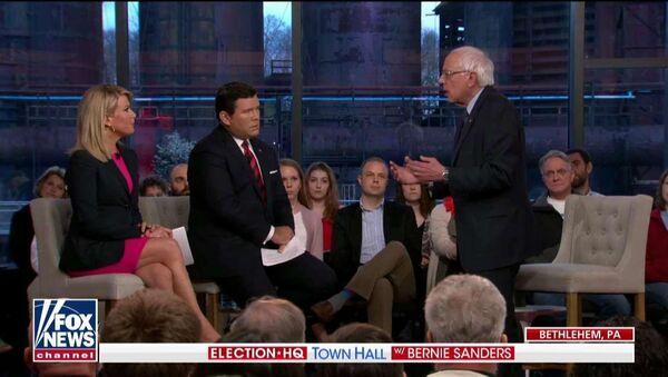 US 2020 Democratic presidential candidate Bernie Sanders speaks on Fox News Monday April 15, 2019 - Sputnik International