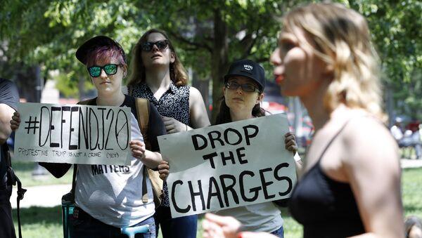 Chelsea Manning speaks at a rally in support of the J20 defendants - Sputnik International