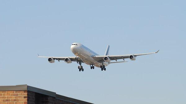 Air France Airbus A340-313X F-GLZH - Sputnik International
