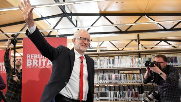 Jeremy Corbyn launches Labour's European election campaign - Sputnik International