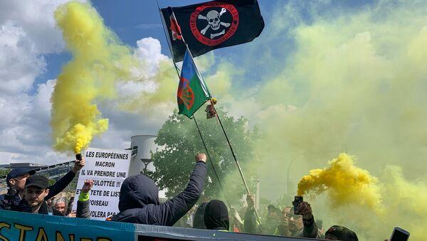 Yellow Vests protest in Paris. 11 May - Sputnik International