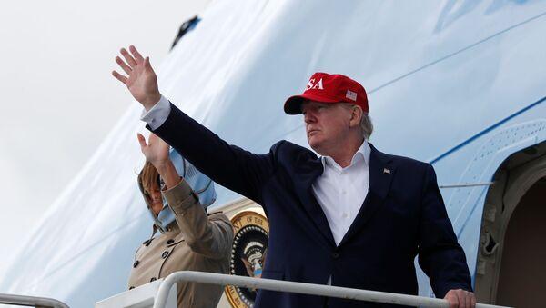 U.S. President Donald Trump and first lady Melania Trump - Sputnik International