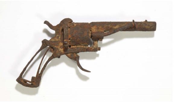 VAN GOGH'S SUICIDE GUN AT AUCTION - Sputnik International