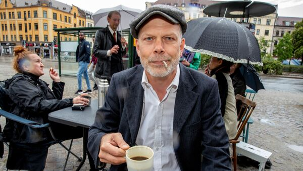 Niklas Qvarnstrom, who started a Facebook group against an outdoor smoking ban, poses for a photo in Malmo, Sweden July 1, 2019 - Sputnik International